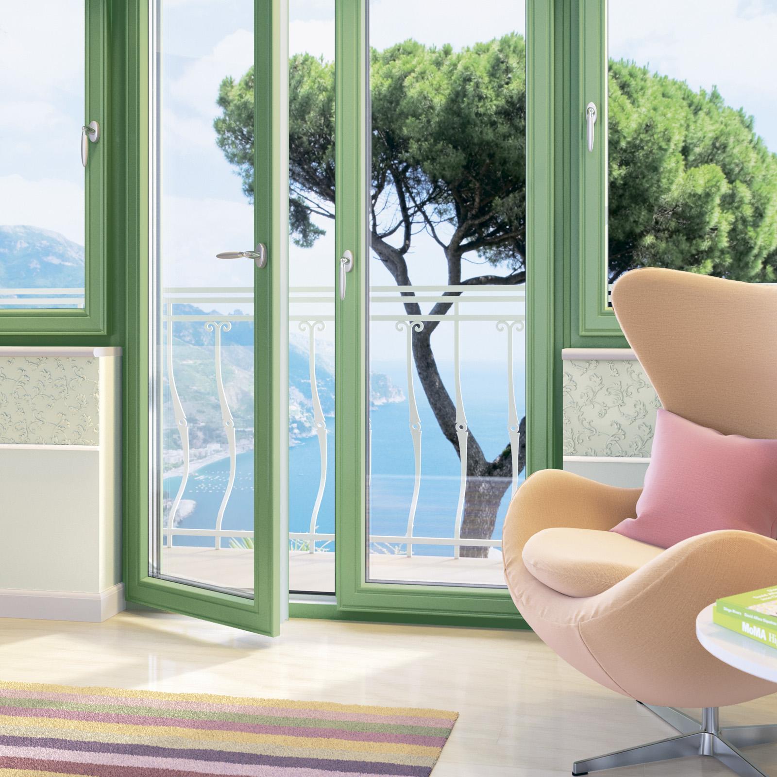 Дизайн балконных дверей: цвет, форма, дизайн стекла.